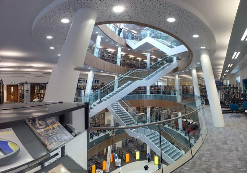 800px-liverpool_central_library_20_may_2013
