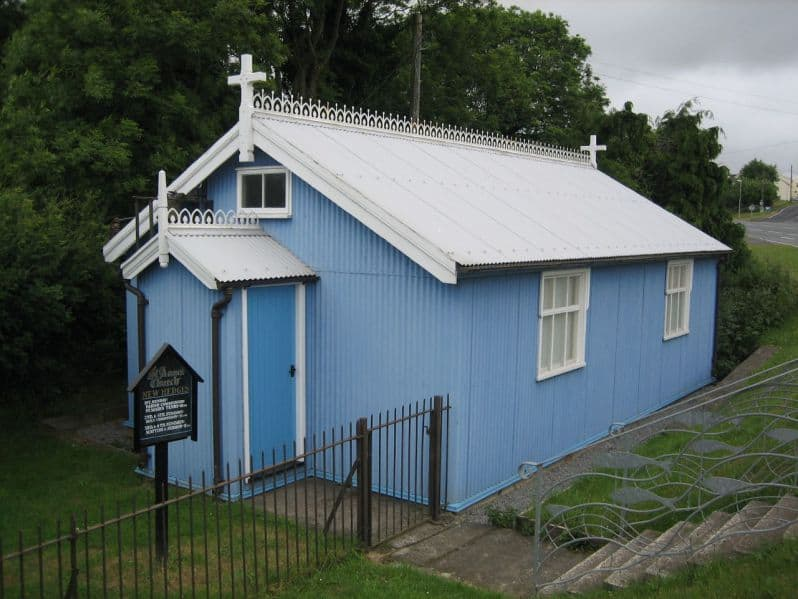 new_hedges_tin_tabernacle